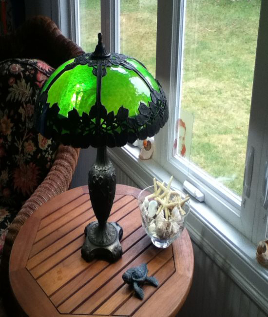 Bradley and Hubbard curved slag glass lamp repair
